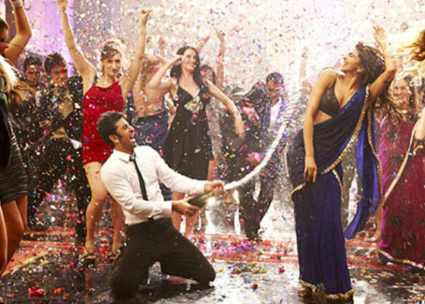 Badtameez Dil Full Video Song from Yeh Jawaani Hai Deewani