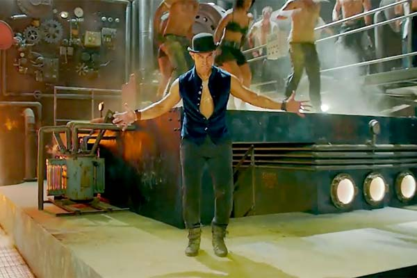 Aamir in Dhoom Tap Song Teaser