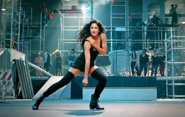 Katrina Kaif in Dhoom 3 Kamli Song