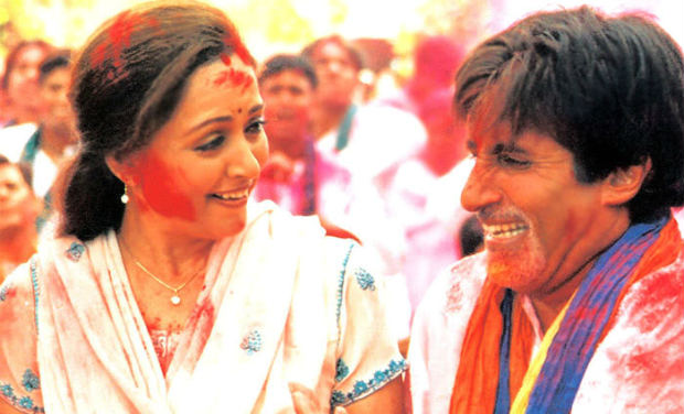 "Happy Holi 2017: Top 10 Holi Songs Of Bollywood From ""Holi Aayi Re"" To ""Balam Pichkari"""