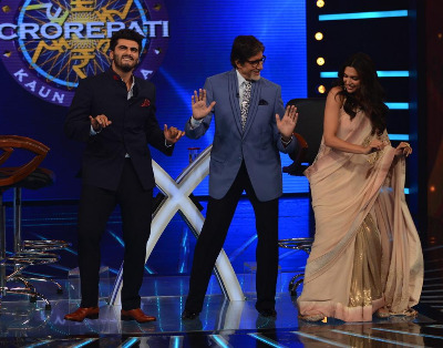 Arjun Kapoor and Deepika Padukone dance with Big B on KBC