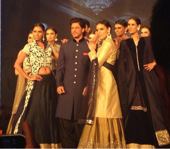 Videos and Photos of Happy New year Trailer Launch in Mumbai