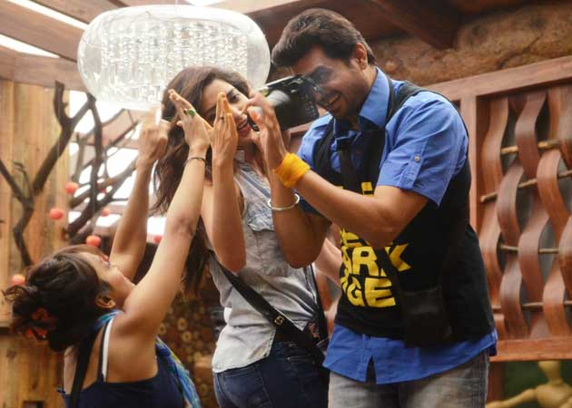 Bigg Boss 8 Day 17 Highlights : Lambas win the task