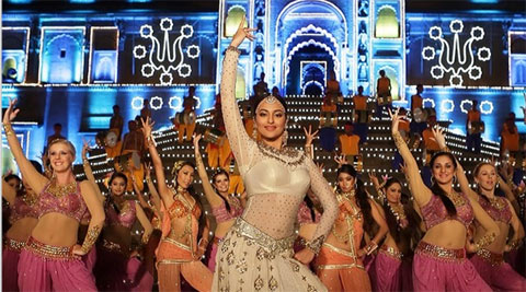 Sonakshi Sinha in Radha Nachegi Video Song