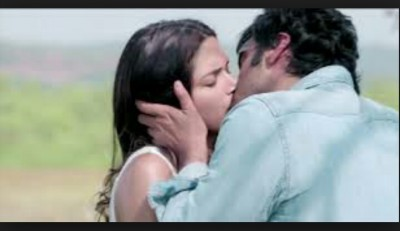 Kissing Scene in Finding Fanny
