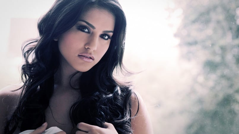Sunny Leone's Exclusive Interview : Leela Is All Ready To Sizzle