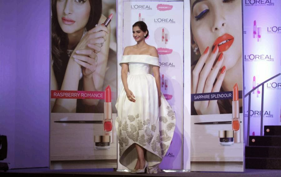 Sonam Kapoor in  Ashi Studio White Dress At L'Oreal Paris Cannes 2015 Collection