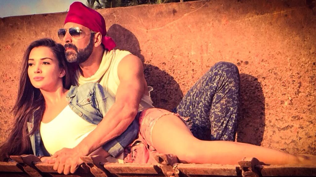Singh Is Bling First Look: Akshay Kumar and Amy Jackson