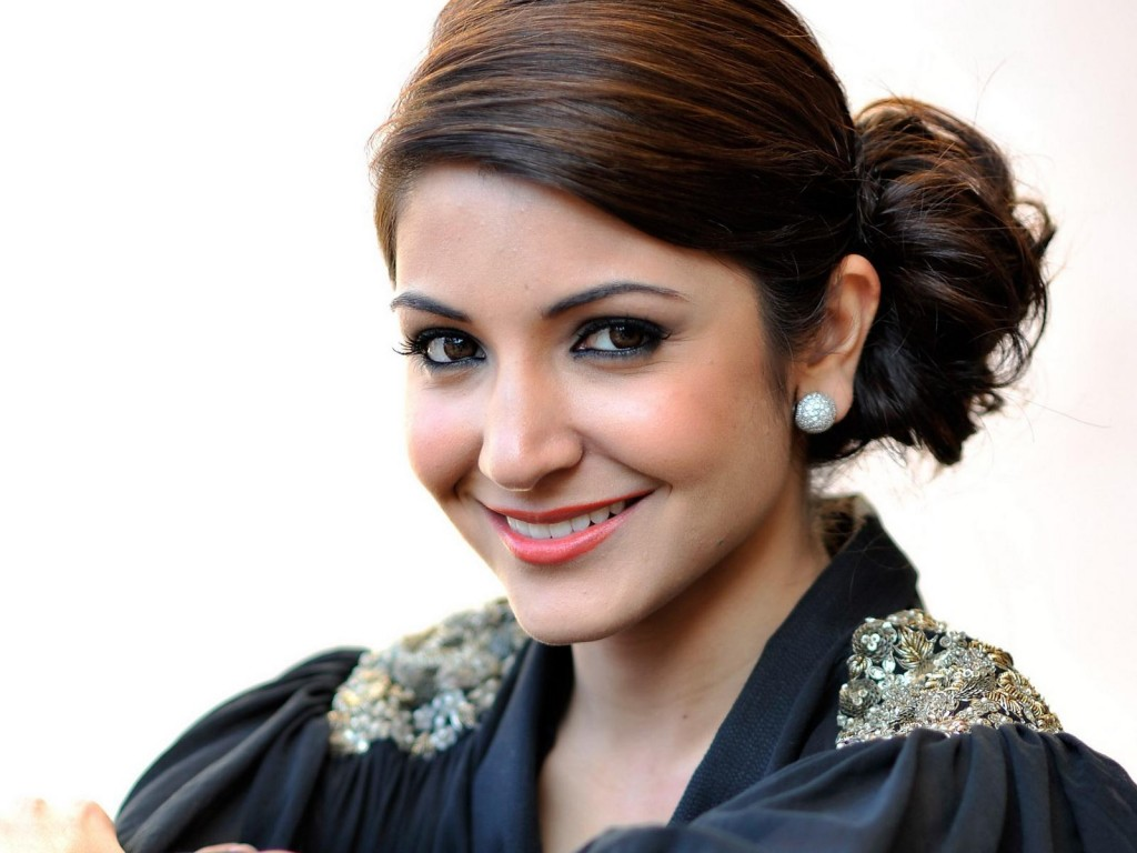 Highest Paid Bollywood Actresses of 2015 - Anushka Sharma