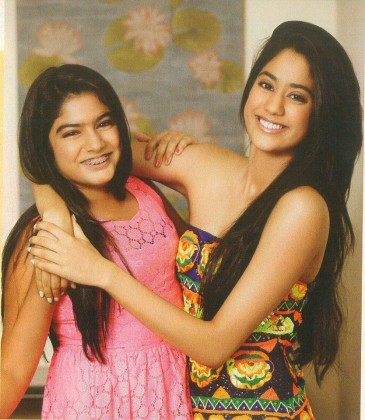 Jhanvi Kapoor - Future of Bollywood - Jhanvi Kapoor with her Younger sister