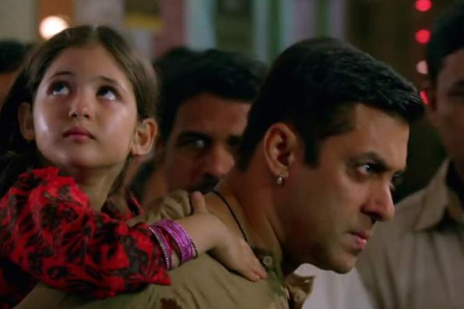 Bajrangi Bhaijaan Movie Review : Harshali and Salman's chemistry is the hgh point of the movie.