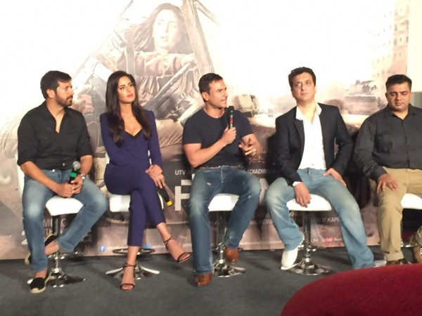 Phantom trailer Launch: Saif answerinf to media questions