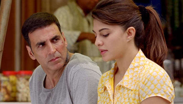 Akshay and Jacqueline in Sapna Jahan Video Song - Brothers