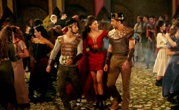 Still from Saturday Night Video Song – Bangistan