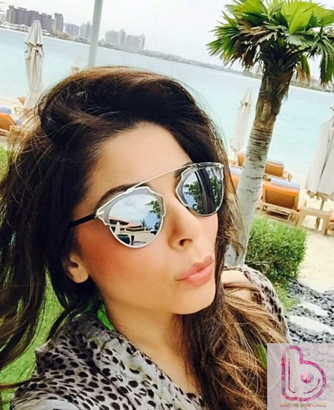 Hottest Female Playback Singers Of Bollywood - Kanika Kapoor