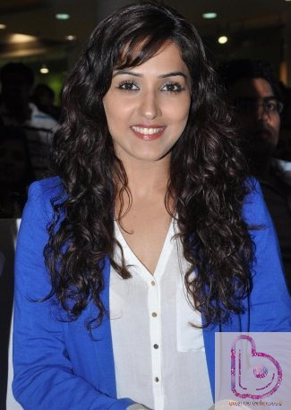 Hottest Female Playback Singers Of Bollywood - Neeti Mohan