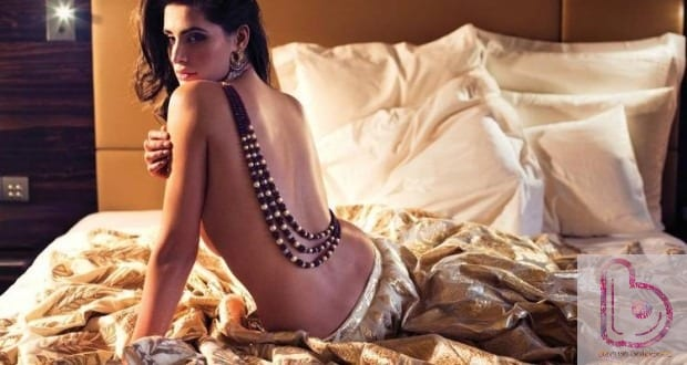 Hot Pics Of Nargis Fakhri - Nargis Fakhri Backless pic