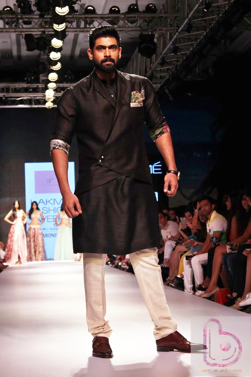 Which Actor rocked the ramp in LFW 2015? - Rana