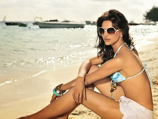 Pic 4: Deepika Padukone Hot Pics: 10 best from Photoshoots