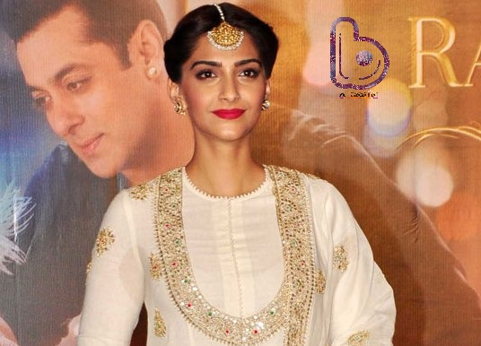 Photo Diaries | Sonam Kapoor gets traditional for PRDP promotions!