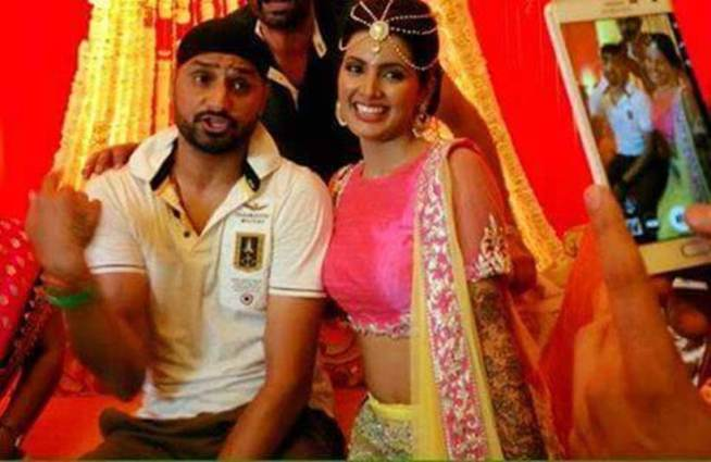 Adorable pics from Harbhajan Singh-Geeta Basra's Sangeet & Mehendi Ceremony!- Together