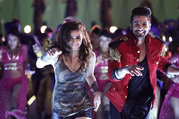 Shaandaar First Week Collection