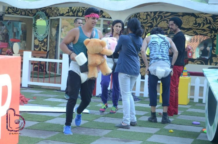 Bigg Boss 9 Day 37 Sneak Peeks: Prince Narula on Fire