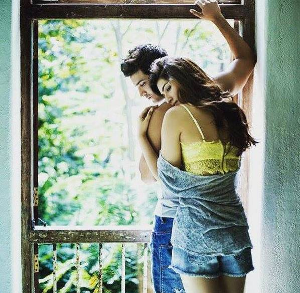 A Hot New Jodi | Sushant Singh Rajput and Kriti Sanon to be paired together!-Sushant and Kriti