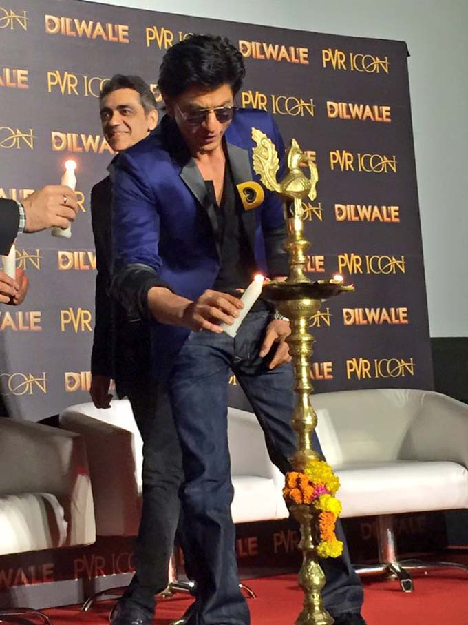 SRK at Dilwale song trailer launch