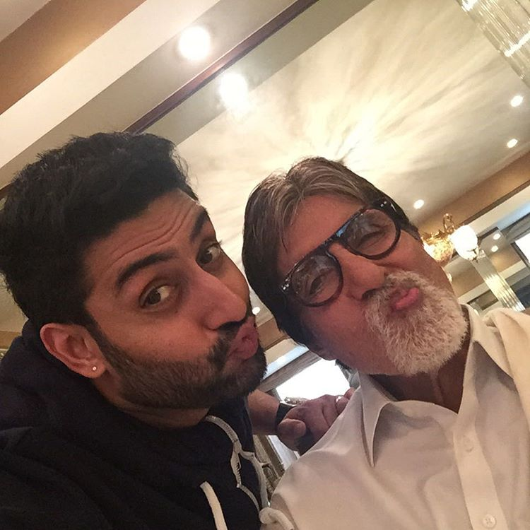 Best Selfies of 2015 | Bollywood Celebs teach us how it's done!- Bachchans