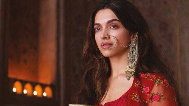 Bajirao Mastani First Weekend Collection – Ranveer and Deepika's rise on Box Office