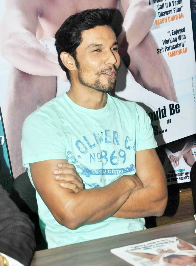 Randeep Hooda looks yummy in this Stardust cover!
