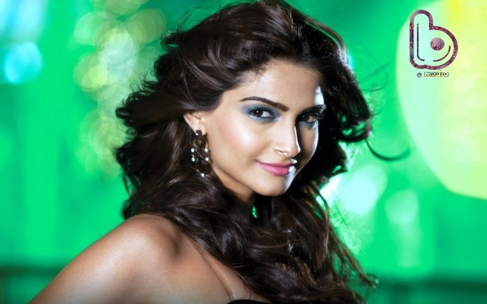A Milestone for Sonam Kapoor | She now has a LOT more followers on Twitter!