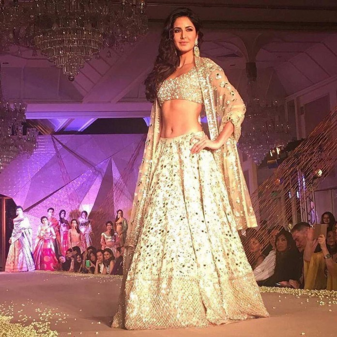 Beautiful Katrina Kaif stuns onlookers at Manish Malhotra Fashion Show