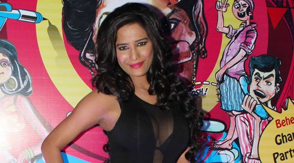 Poonam Pandey filed Rs.100 crore defamation case after false abortion report