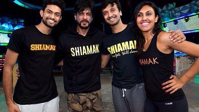 Hot Pictures of Shah Rukh Khan sweating it out while practicing for Filmfare