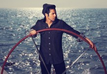 10 Hot Pics of Varun Dhawan   You won't be able to take your eyes off of him!
