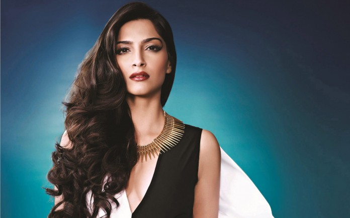 5 Ways to Wear Eyeliner Sonam Kapoor Style
