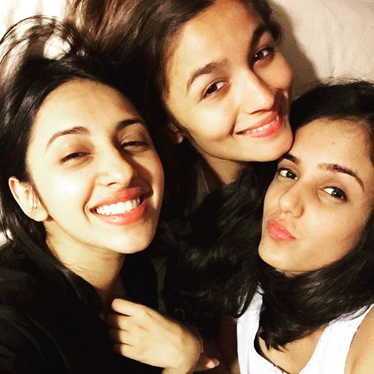 Alia Bhatt with friends