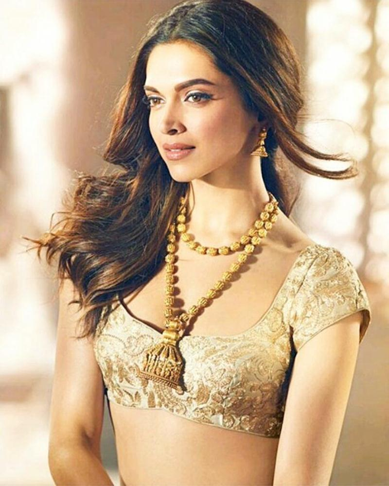 Deepika Padukone stuns in this latest ad for a Jewellery Brand- Deepika 1