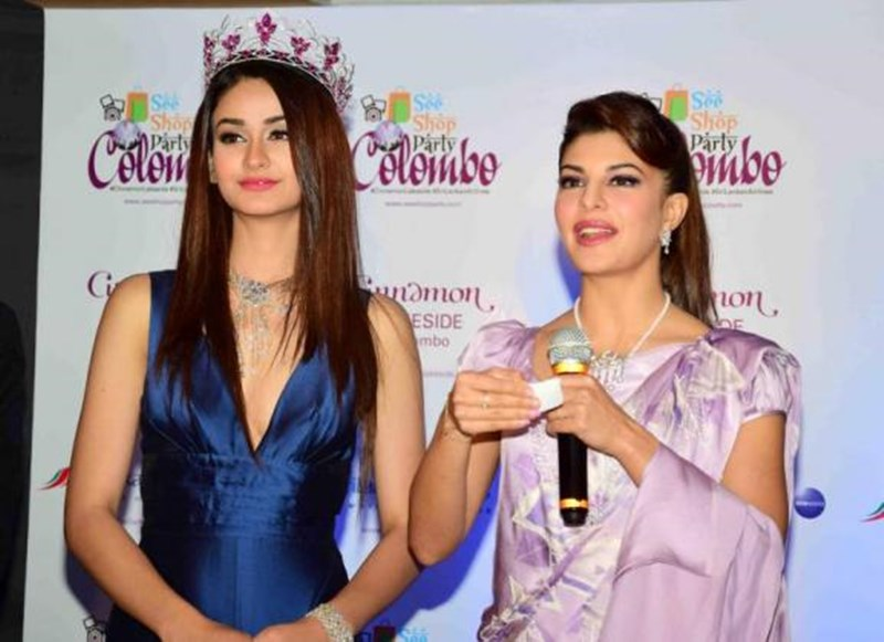 We did not expect this Fashion Blunder from Jacqueline Fernandez!- Jacky 3