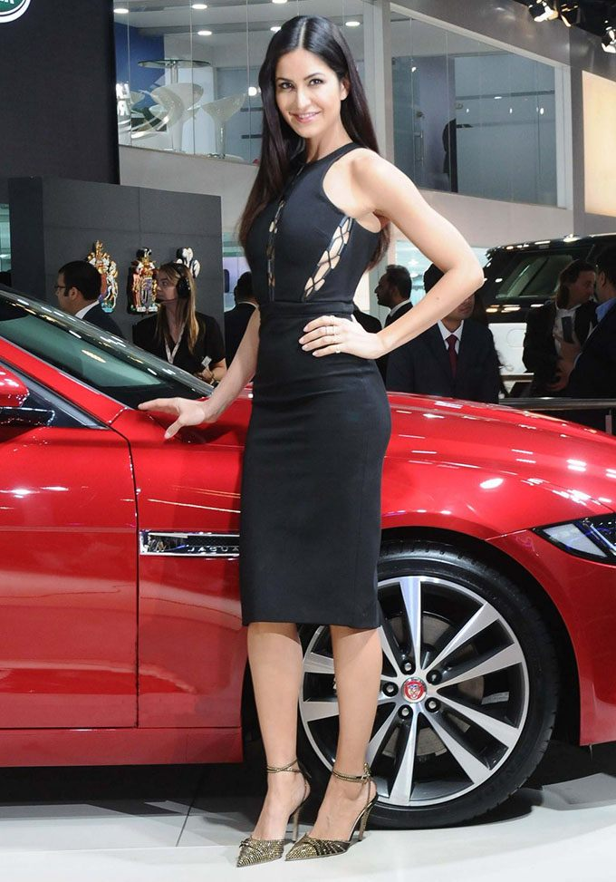 Black Beauties Katrina Kaif and Alia Bhatt turn up the heat at the Auto Expo 2016- Kat 2
