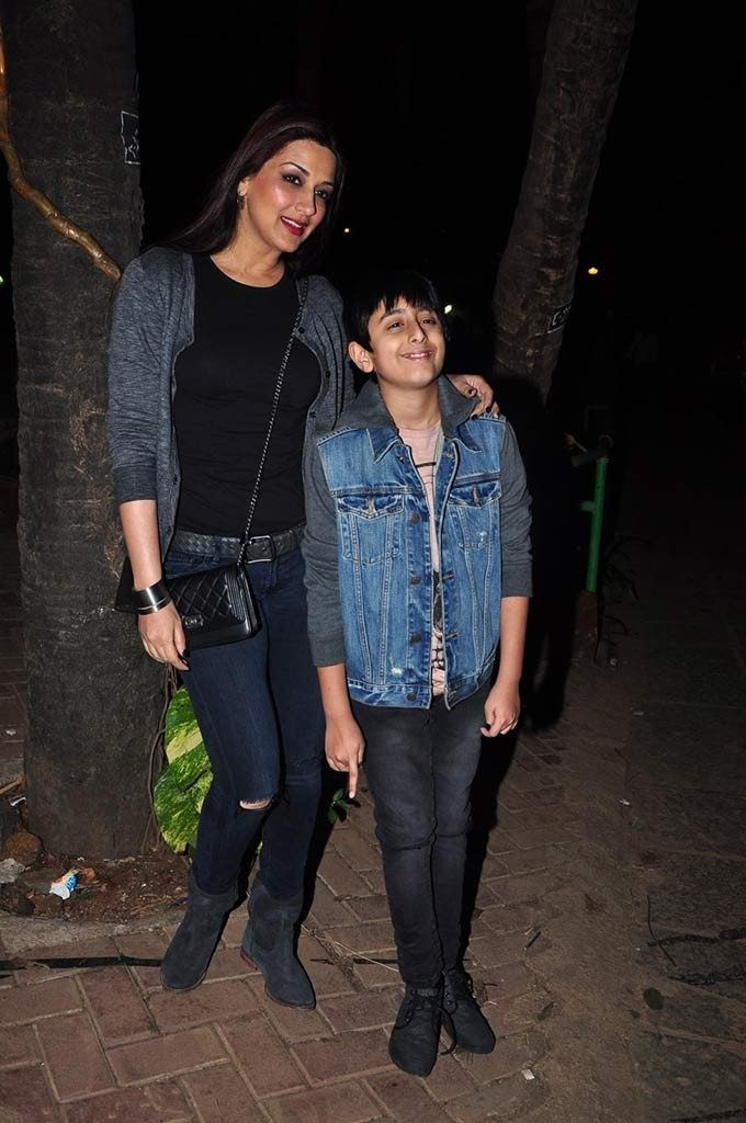 Sonali Bendre and her son 1