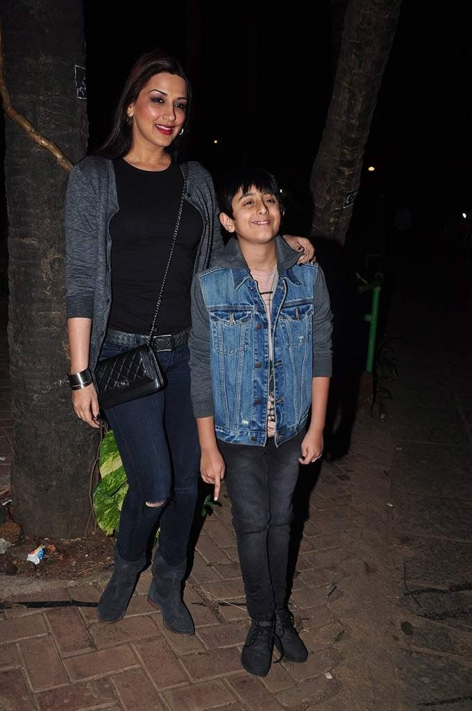 Sonali Bendre and her son 2