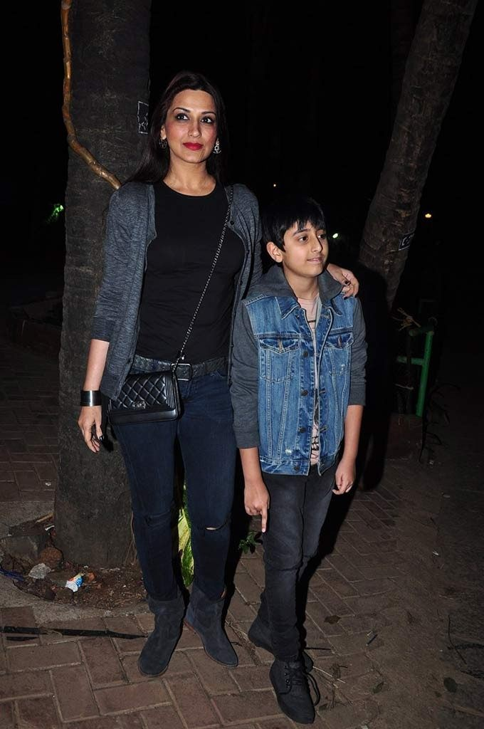 Sonali Bendre and her son 4