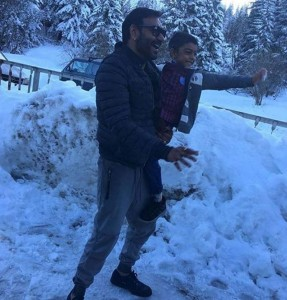 Top 10 Pictures of the Week | The most happening pics of Bollywood!- Ajay