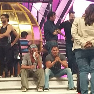 Top 10 Pictures of the Week | The most happening pics of Bollywood!- salman Srk