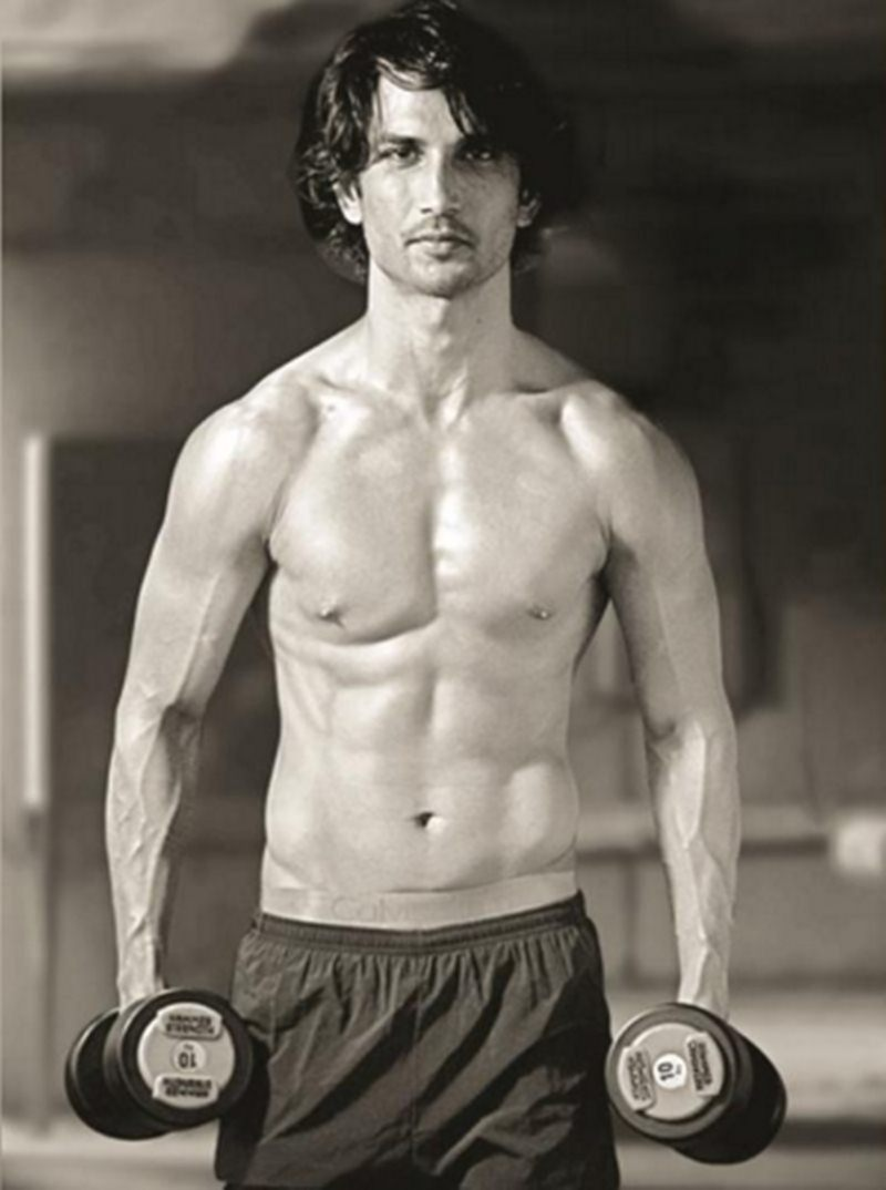 10 Scorching Hot Pics of Sushant Singh Rajput That Will Give You All The Right Feels!- Sushant Gym