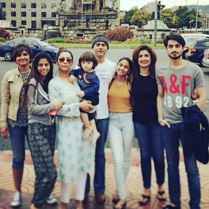 Top 10 Pics of the Week | April begins with a big blast from Bollywood- Gauri and kids