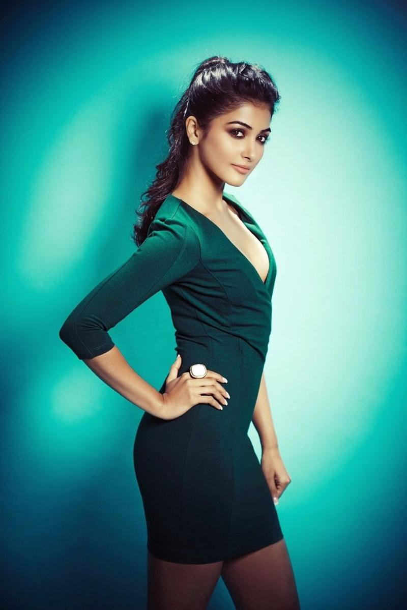 15 Stunning Never-Seen-Before Pictures of Pooja Hegde: The Mohenjo Daro Girl- Pooja Shoot